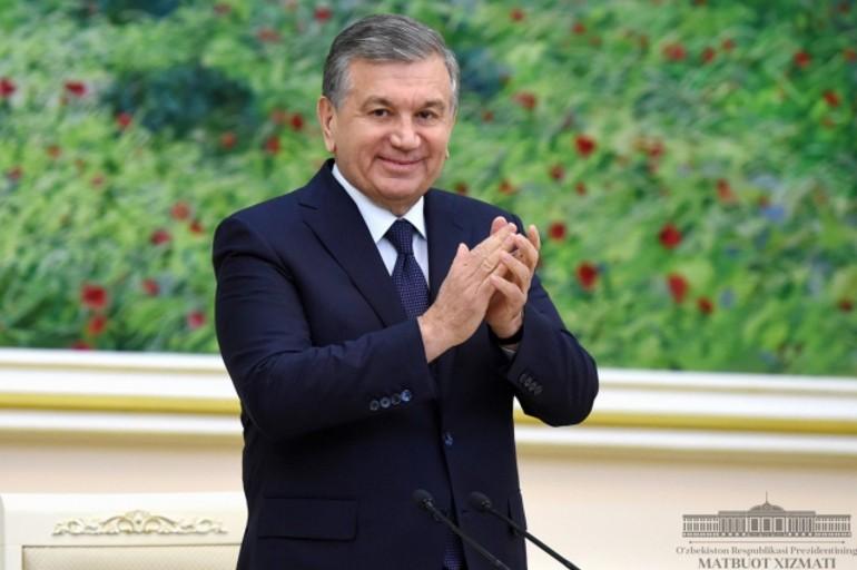 Shavkat Mirziyoyev o'qituvchi va murabbiylarni tabrikladi