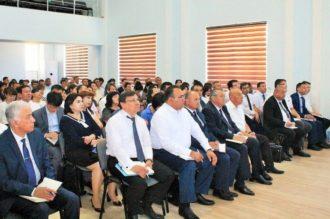 Rossiyalik pedagoglar rus tili o'qituvchilariga yordam berish uchun yurtimizga kelmoqda