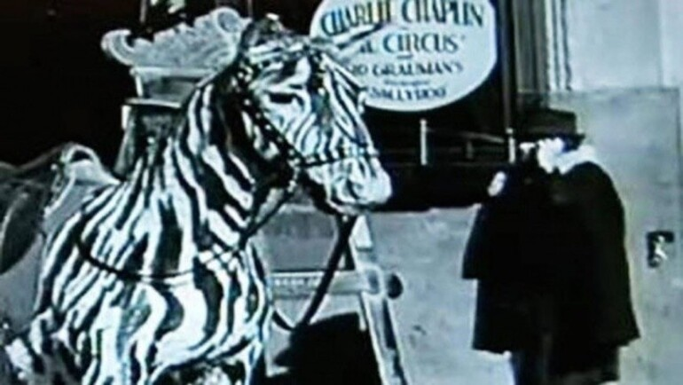 Chaplin filmidagi mobil telefon