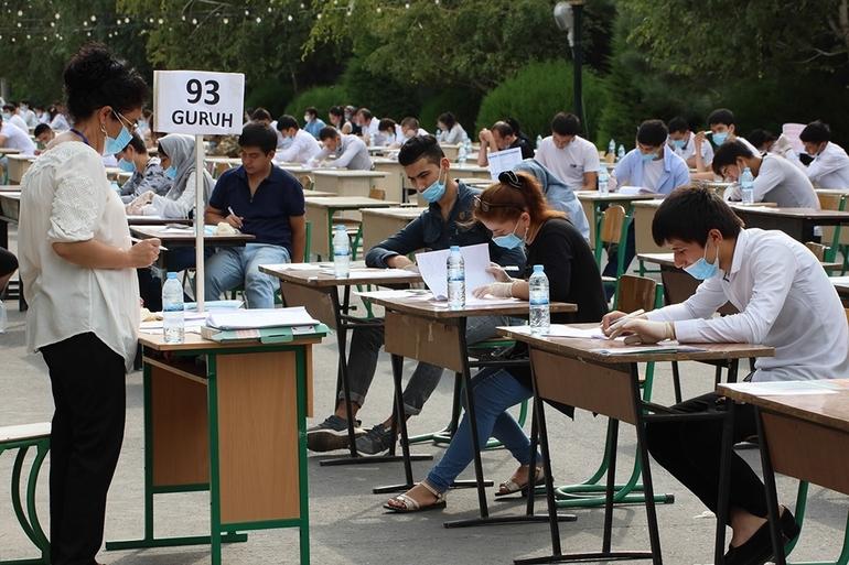 Госкомиссия по приему в ВОУ определила, сколько и какие экзамены будут сдавать абитуриенты