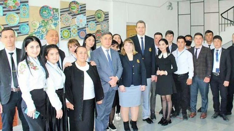 Сотрудничество в сфере образования по системе «2+2»