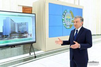 Prezident Toshkentdagi ta'lim va boshqa sohalardagi bunyodkorlik loyihalari taqdimoti bilan tanishdi